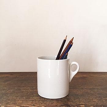 アンティークマグカップ 白磁のマグカップ イギリスビンテージ シンプルマグカップ